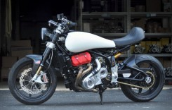 Motus produce o motocicletă unicat cu motor V4 supraalimentat