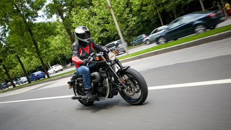 Ride Test Harley-Davidson Roadster – americanul în haine europene