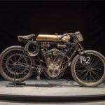 Expoziție cu motociclete record din secolul XX