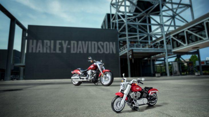 LEGO și Harley-Davidson prezintă Fat Boy (Creator Expert)