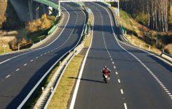 Circulația pe autostradă. Sfaturi pentru șoferi și motocicliști