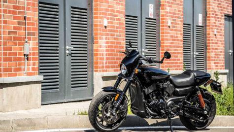 Test Harley-Davidson Street Rod – Ștrengarul