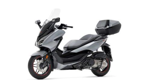 Honda Forza 300 disponibil într-o nouă versiune Limited Edition