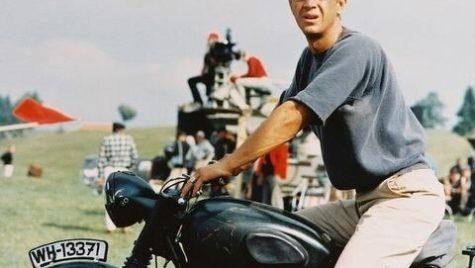 Actorul american Steve McQueen ar fi împlinit 90 de ani pe data de 24 martie